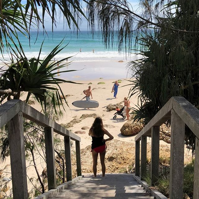 I think they call this saving the best til last ❤ I've had the best time writing up all these different trips in the past year. It's been an incredible source of joy to relive it all whenever I've had the time or needed to escape in to my memories but now it's time to round it all off with my love letter to Byron Bay ✉ • • • #byronbay #australia #roadtrip #travel #beach #adventure #travelwriter #instatravel #instago #tourist #oz #surf #theglobewanderer #tbt #worldcaptures #linkinbio #visitaustralia🇦🇺