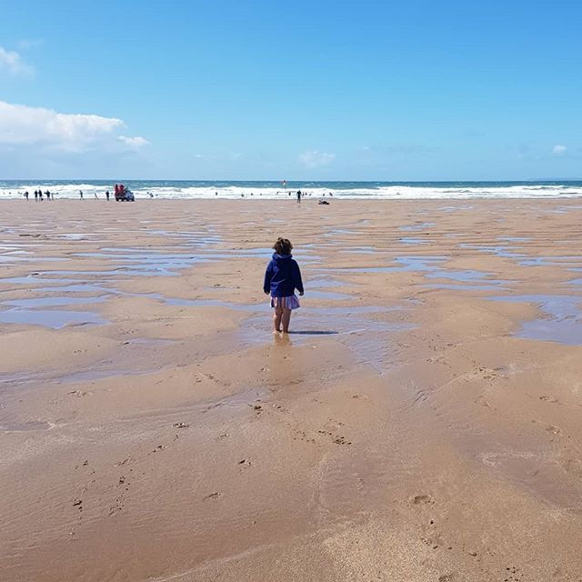 When throwing yourself in the sea is a little too hard to resist! 😍 What a wonderful day showing this special little lady and her mummy and Nanna Croyde for the first time 💘 #goddaughter #beachbaby #goodtimes