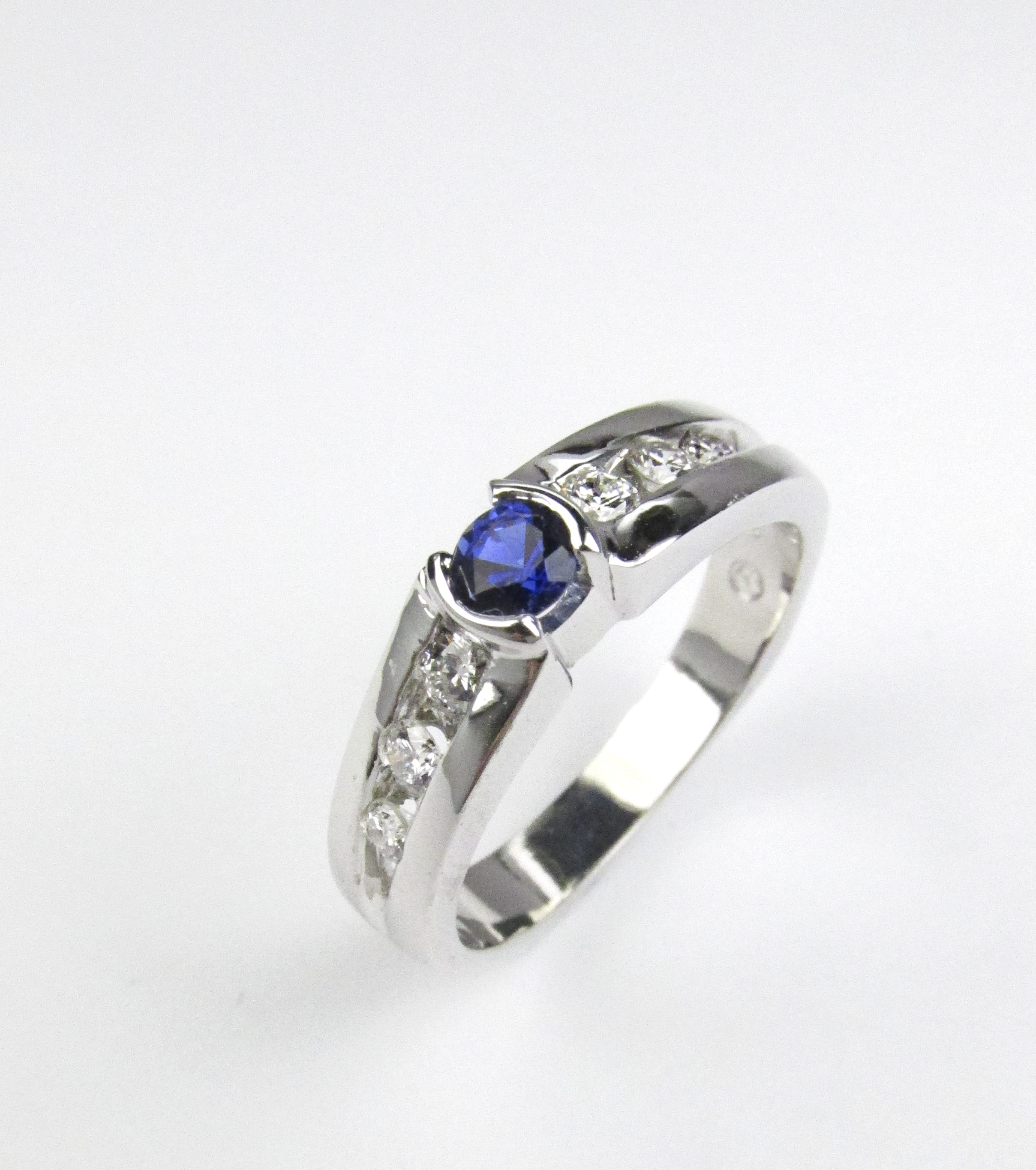 Simple Sapphire Ring