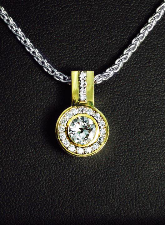 unique_diamond_pendant_redford_jewelers.jpg