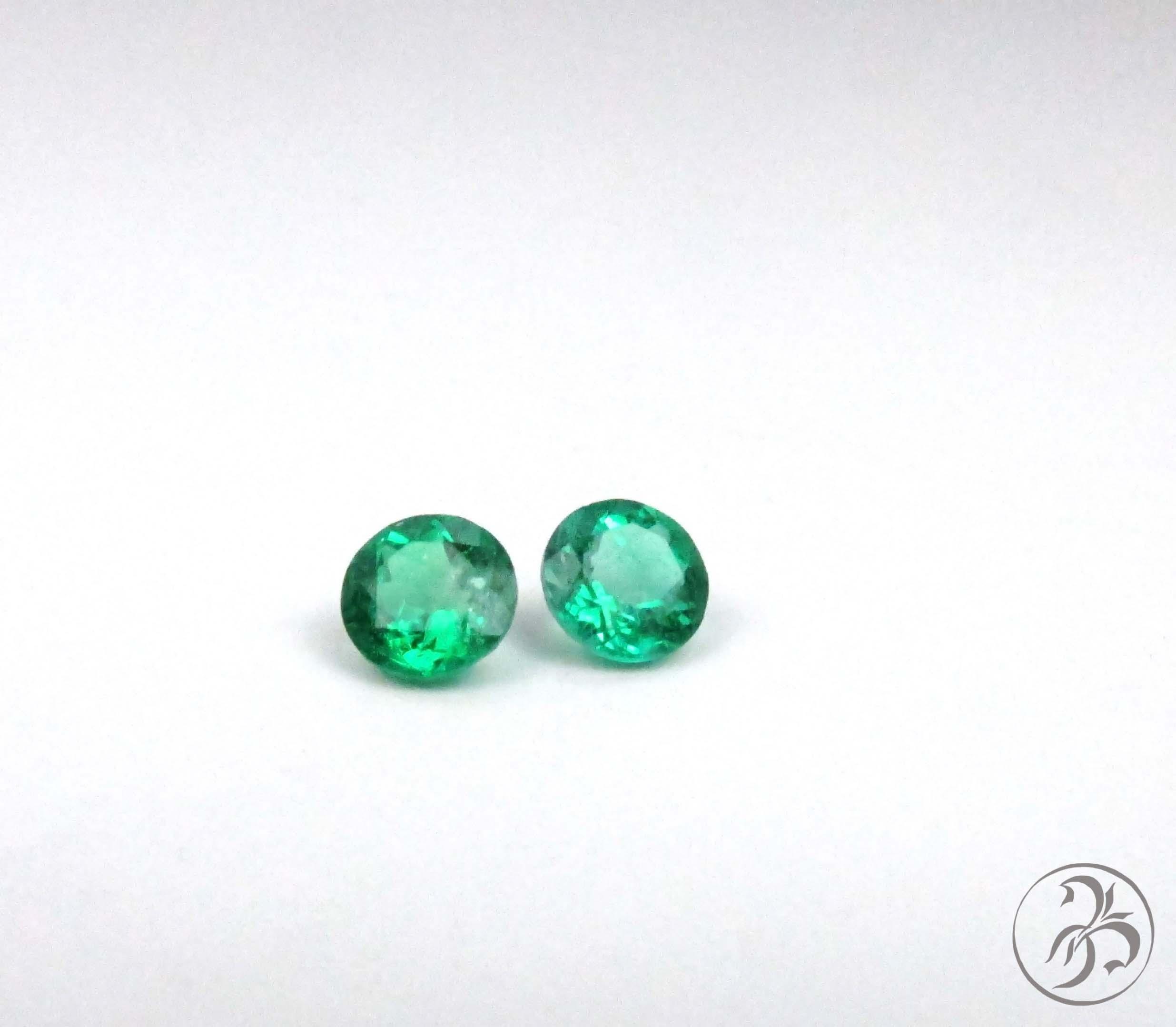 Round emeralds. Matched Pair. 1.20ctw