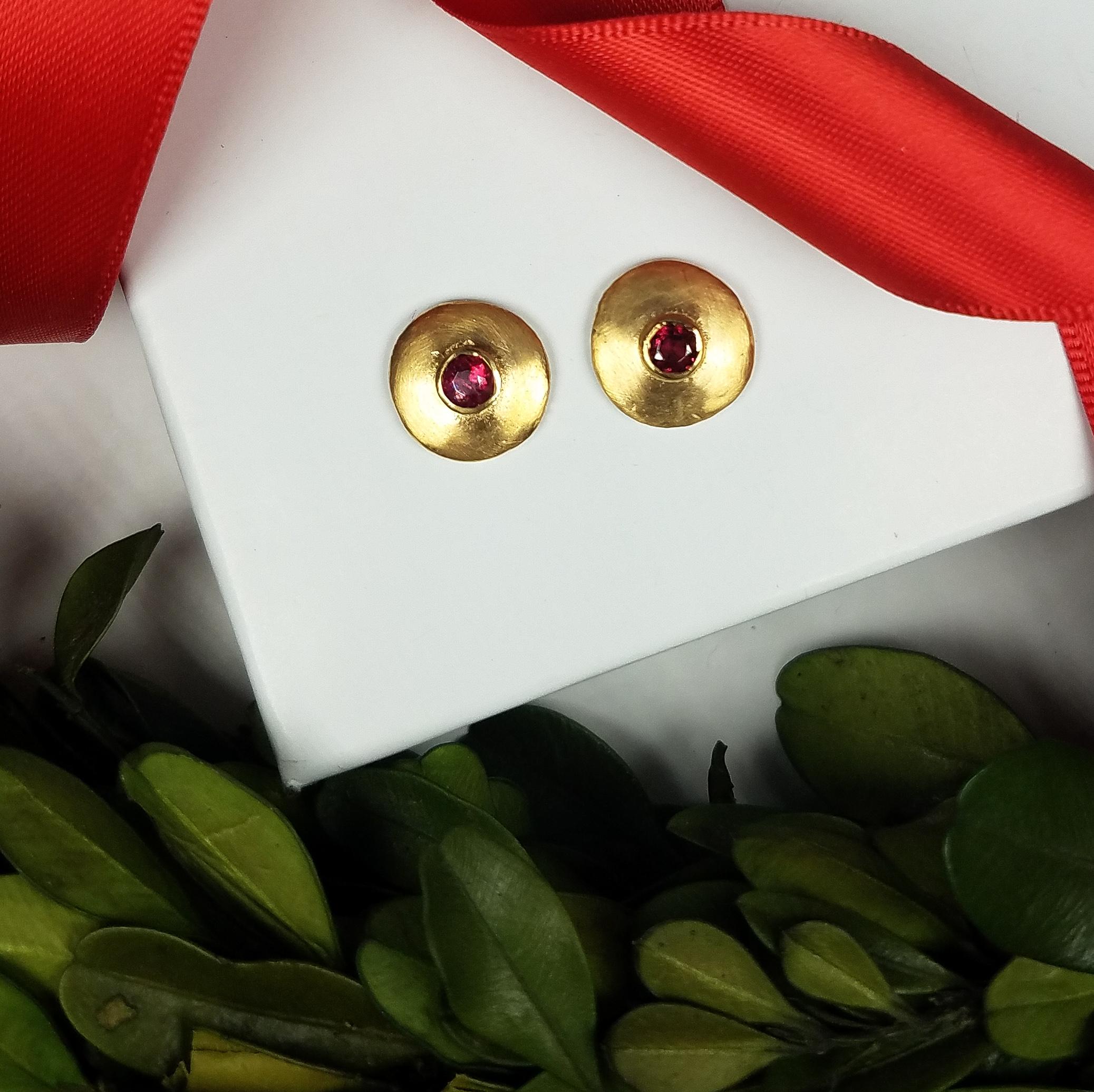 Spinel_bezel_studs_redford_jewelers_holiday_2018.jpeg