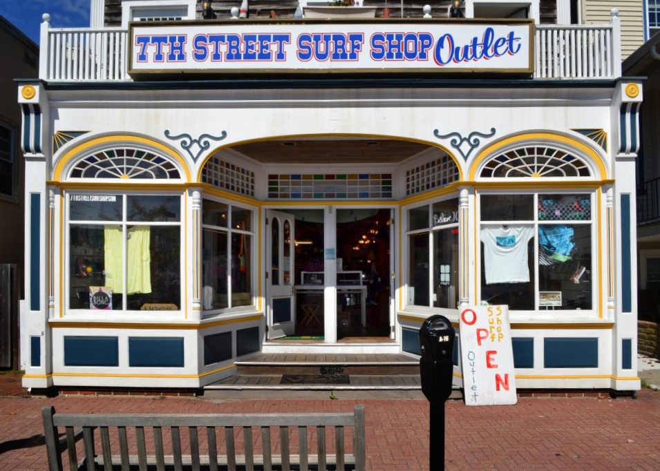 OutletStore.jpg