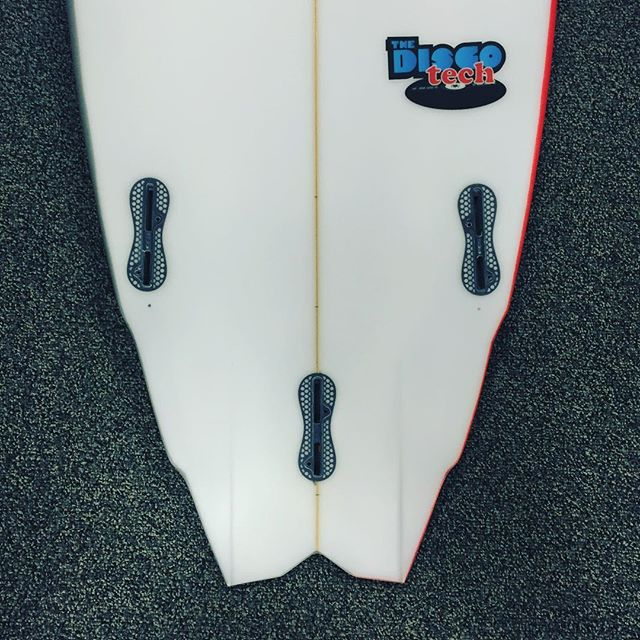 Amping to try this disco tech from @sharpeyesurfboards looks like a party
