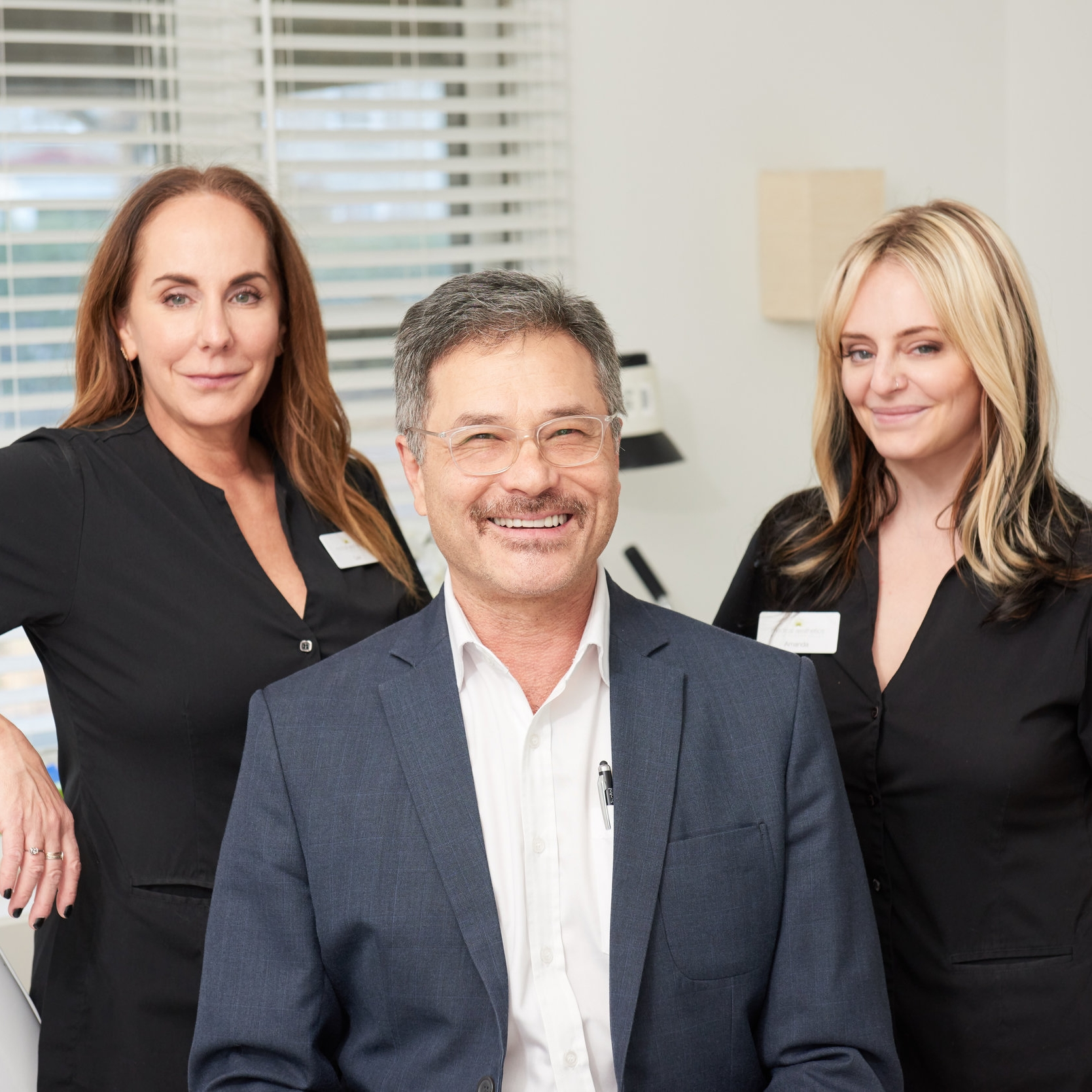 Cosmetic specialist  Dr. Dean Bloch  offers a wide range of high-quality, results-oriented cosmetic procedures.  We specialize in Laser Skin Resurfacing and Corrective Treatments to enhance facial and body rejuvenation:  Fraxel ,  Thermage ,  Botox ,  Microdermabrasion ,  Laser Hair Removal ,  Photofacials ,  Chemical Peels  and IPL.