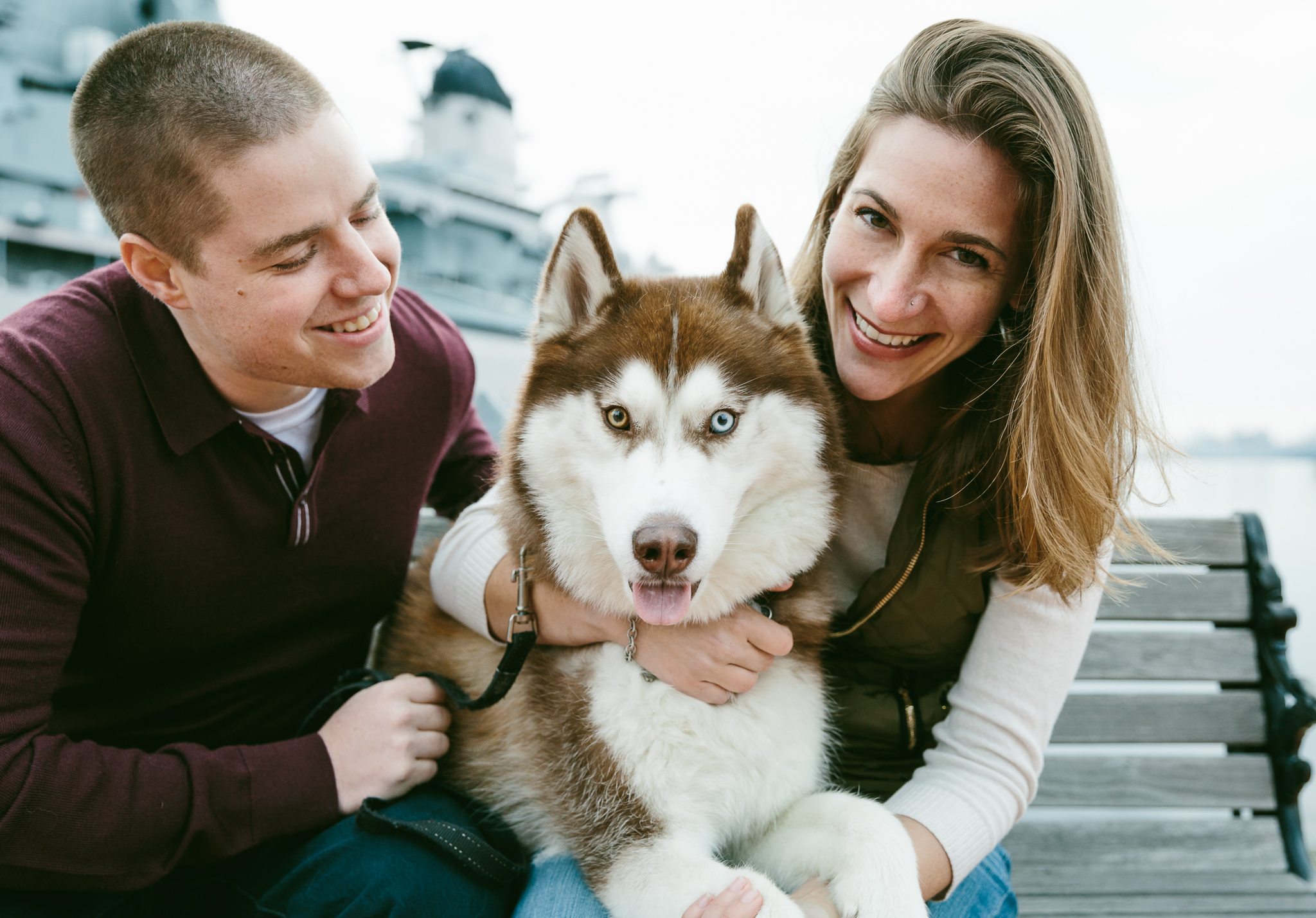 portrait/husband/wife/huskydog
