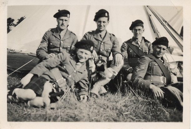 Argyll and Sutherland Highlanders; Ernest Gordon in center