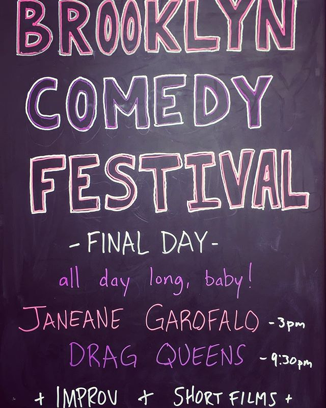 👏🏻CLOSING DAY👏🏻 2:30PM late night writers panel  3PM Podcast For Laundry w/ @brettdavisrip  5PM improv from UCB's We Will Turn You Gay 7:45PM BKCF presents: @joyellenicole  9:45PM Drag Show 🚨AND MORE🚨