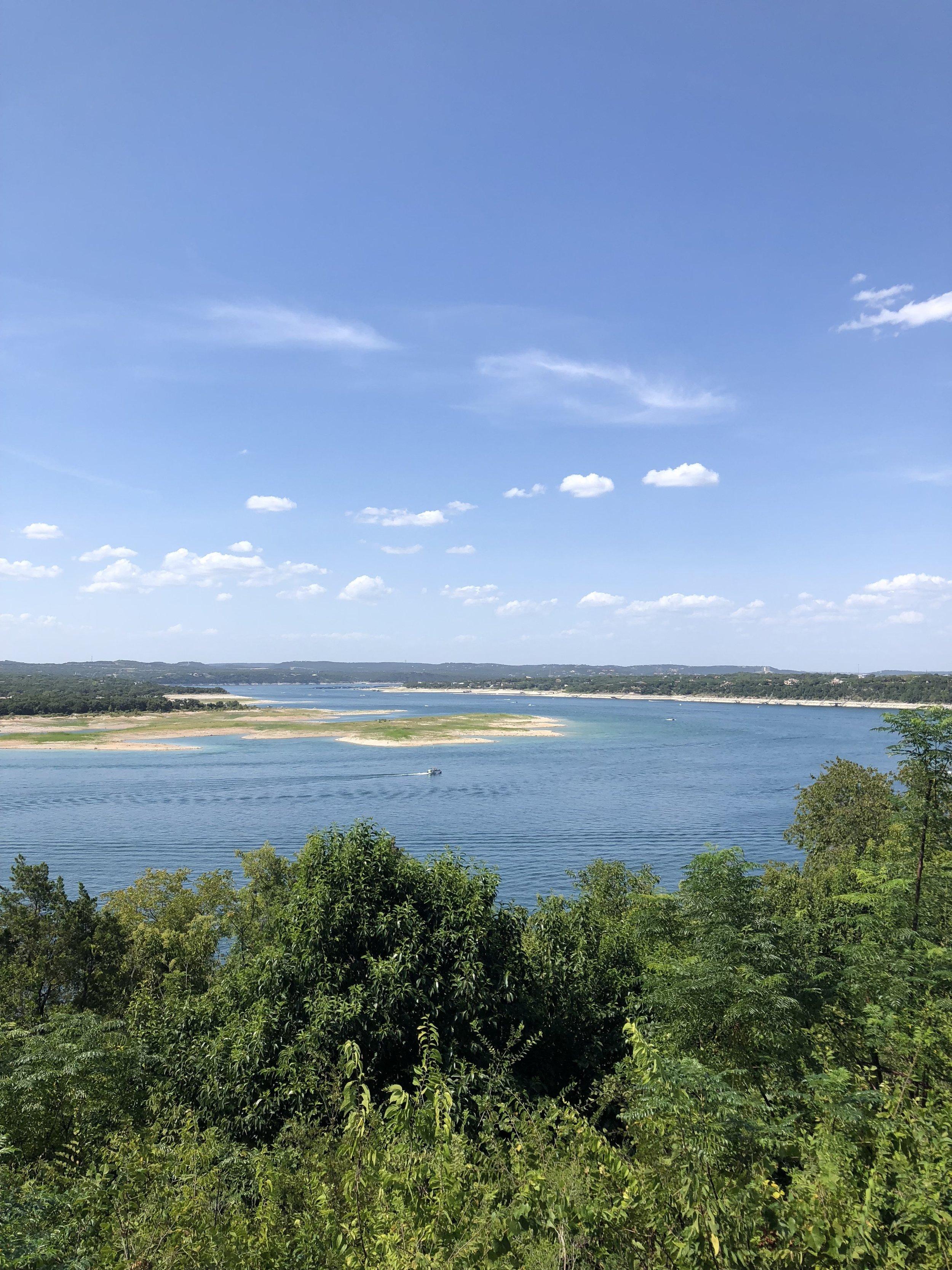 Travel to Lake Travis | hello vashti