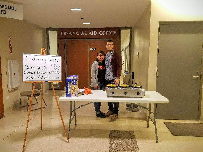 SGA members fundraising to raisey money due to HWC's current budget freeze. (Photo/Sajedah Al-Khzaleh)