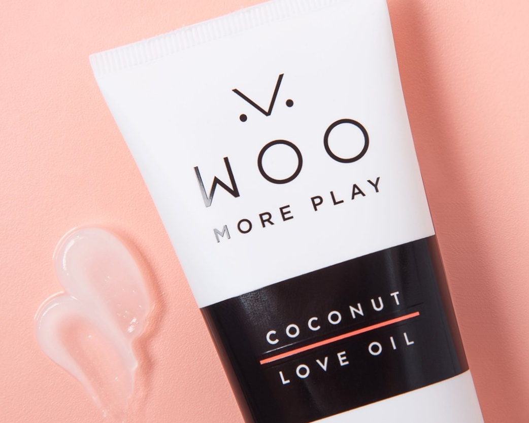 Sex should be natural… not to mention fun, sexy, and well, organic. That's why this personal coconut lubricant hits all my spots in the bedroom.