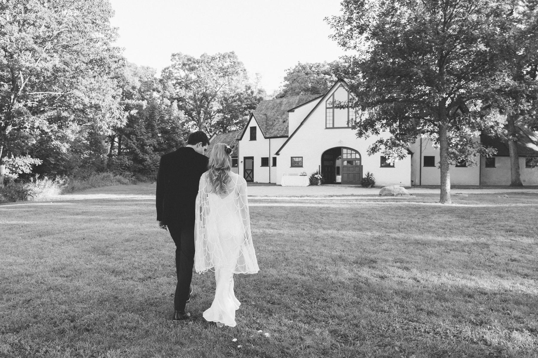 illinois farm wedding-45.jpg