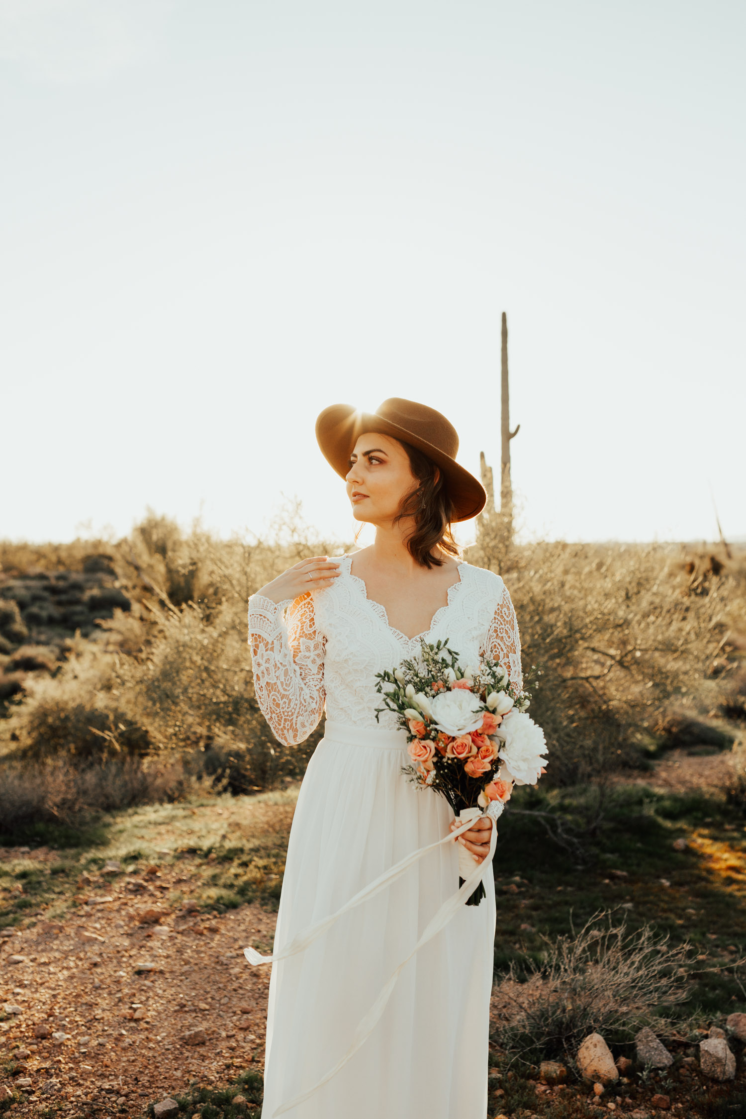 boho-desert-wedding-elopement-arizona-photographer-phoenix-bridals-enagement-bride