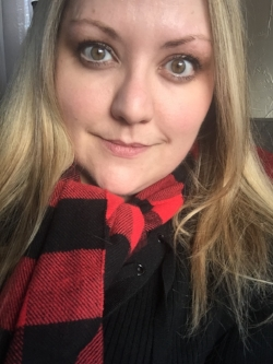 A new winter scarf and blonde highlights to kick off December!