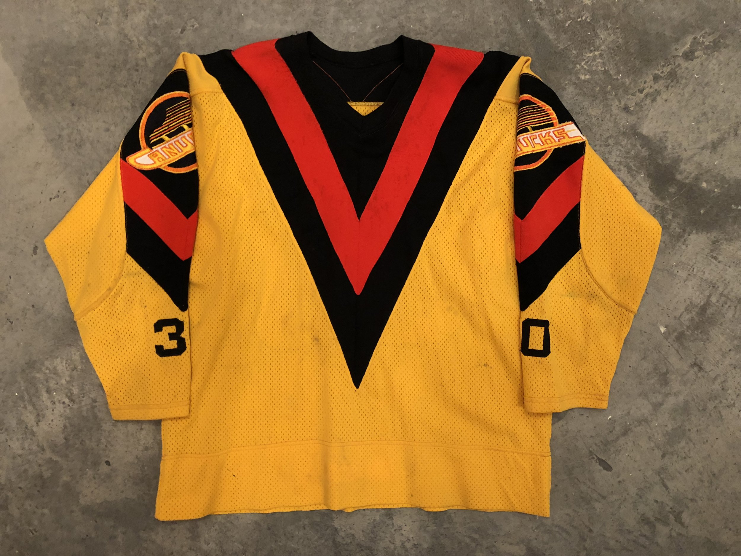 1978-79 Gary Bromley Vancouver Canucks game worn jersey