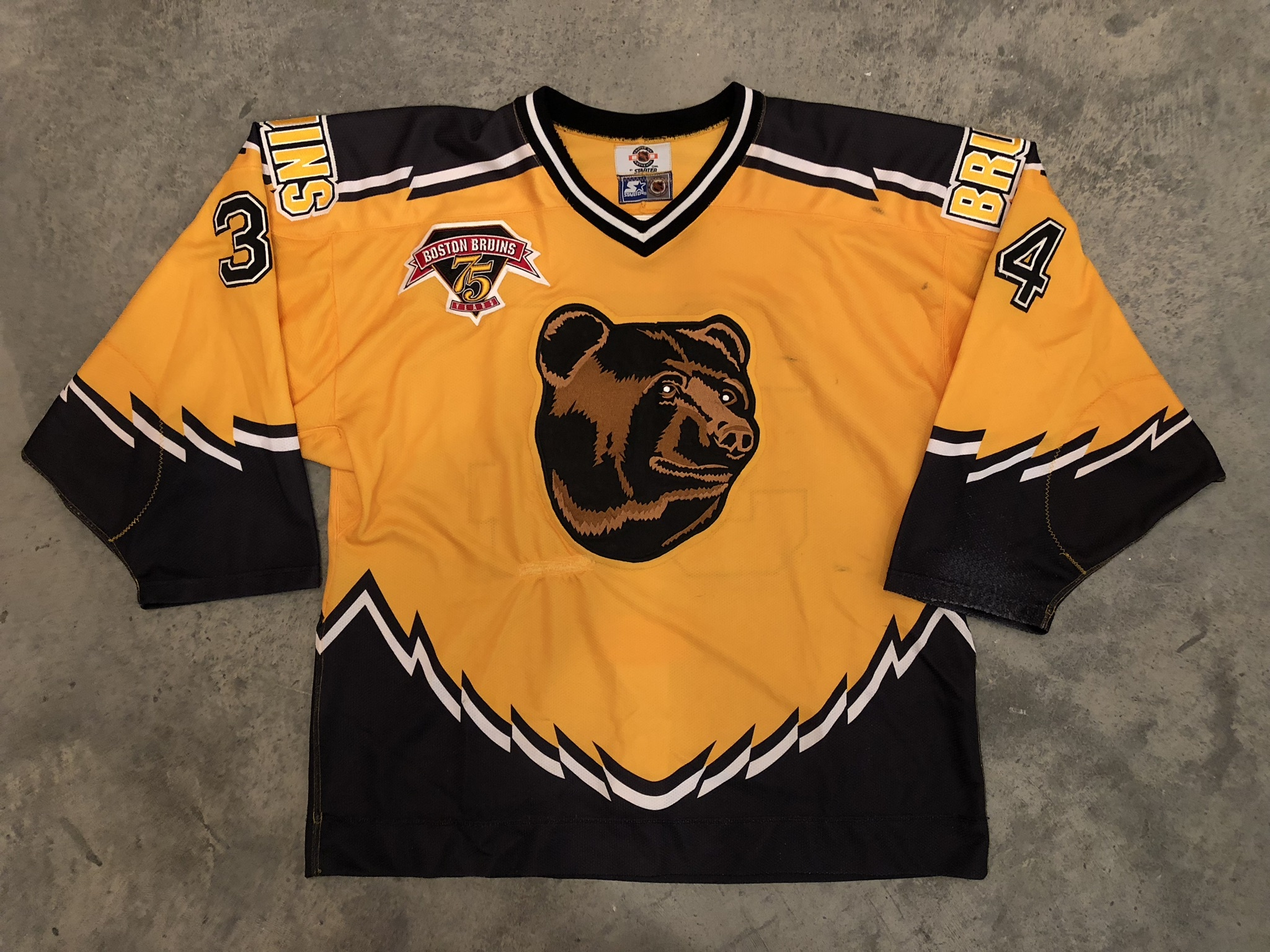 1998-99 Byron Dafoe Boston Bruins Pooh Bear Alternate Game Worn Jersey