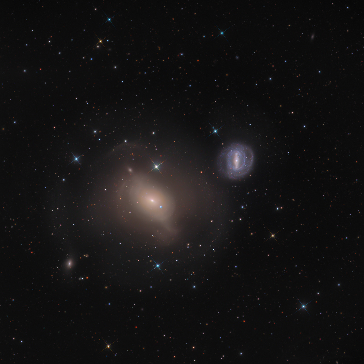 Messier 85 and NGC 4394 from SWO