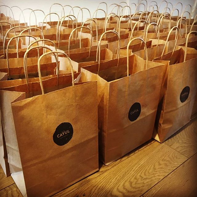 Livraison de CAYUL ce matin! Morning delivery ! 🎉🔥 #cayulmtl #greystone #gift #mtl #tourismemtl #bestgiftever #montrealheart #montroyal #montreal #yul #cayul #pierregrisedemontreal #pierregrise #montrealcity
