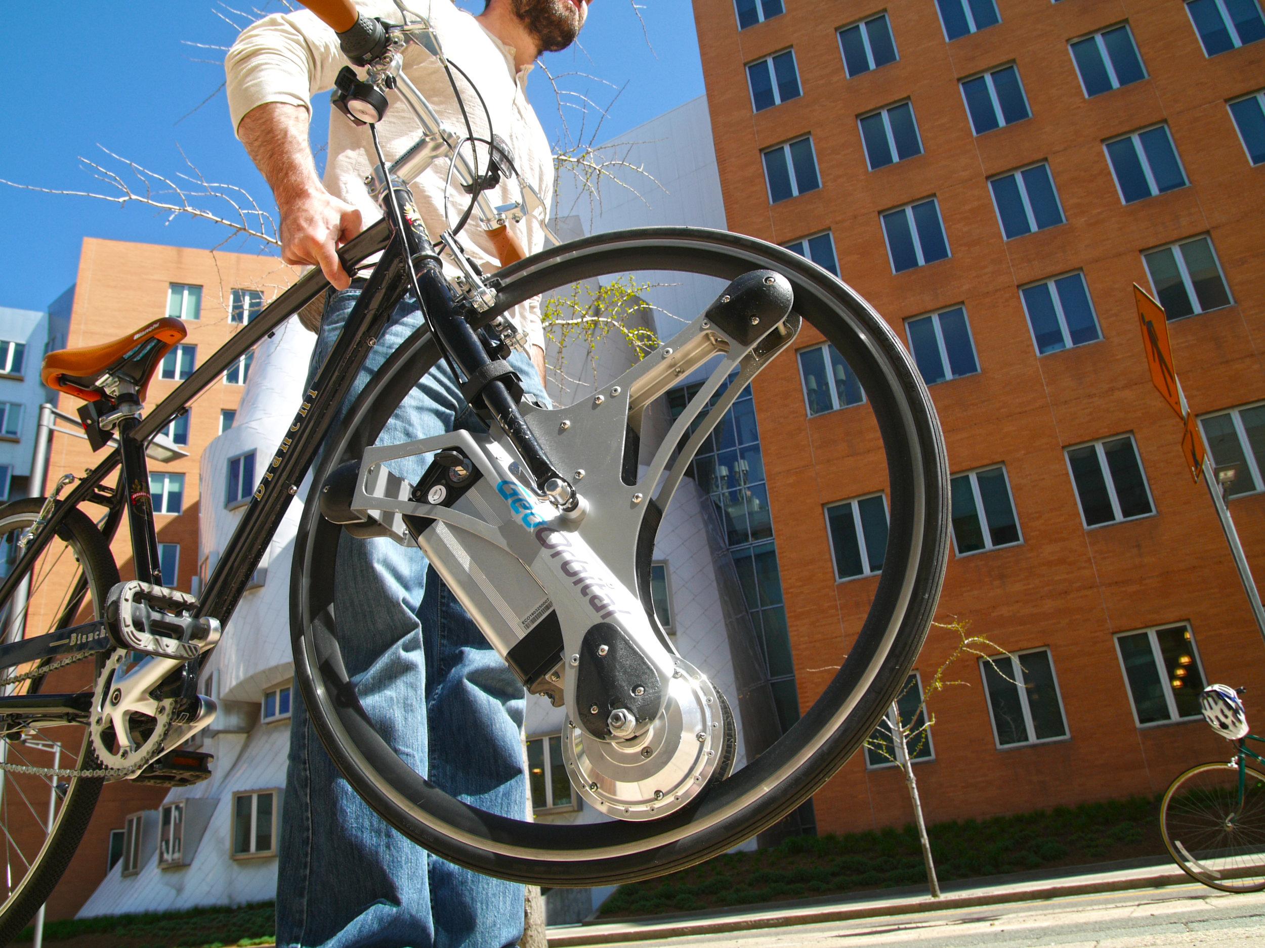geoorbital_on_bike_2.jpg
