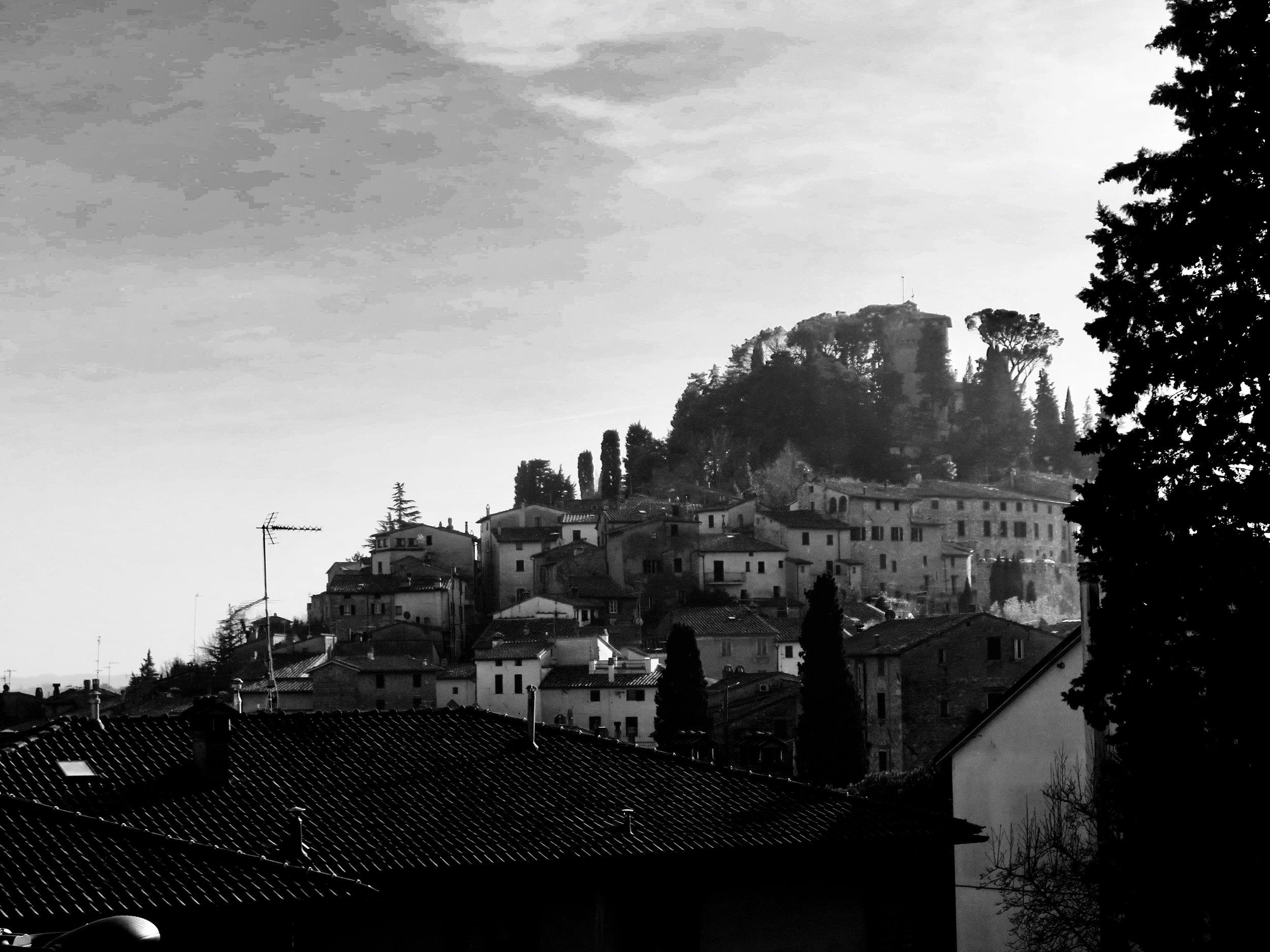 A Tuscan Anti-Christmas