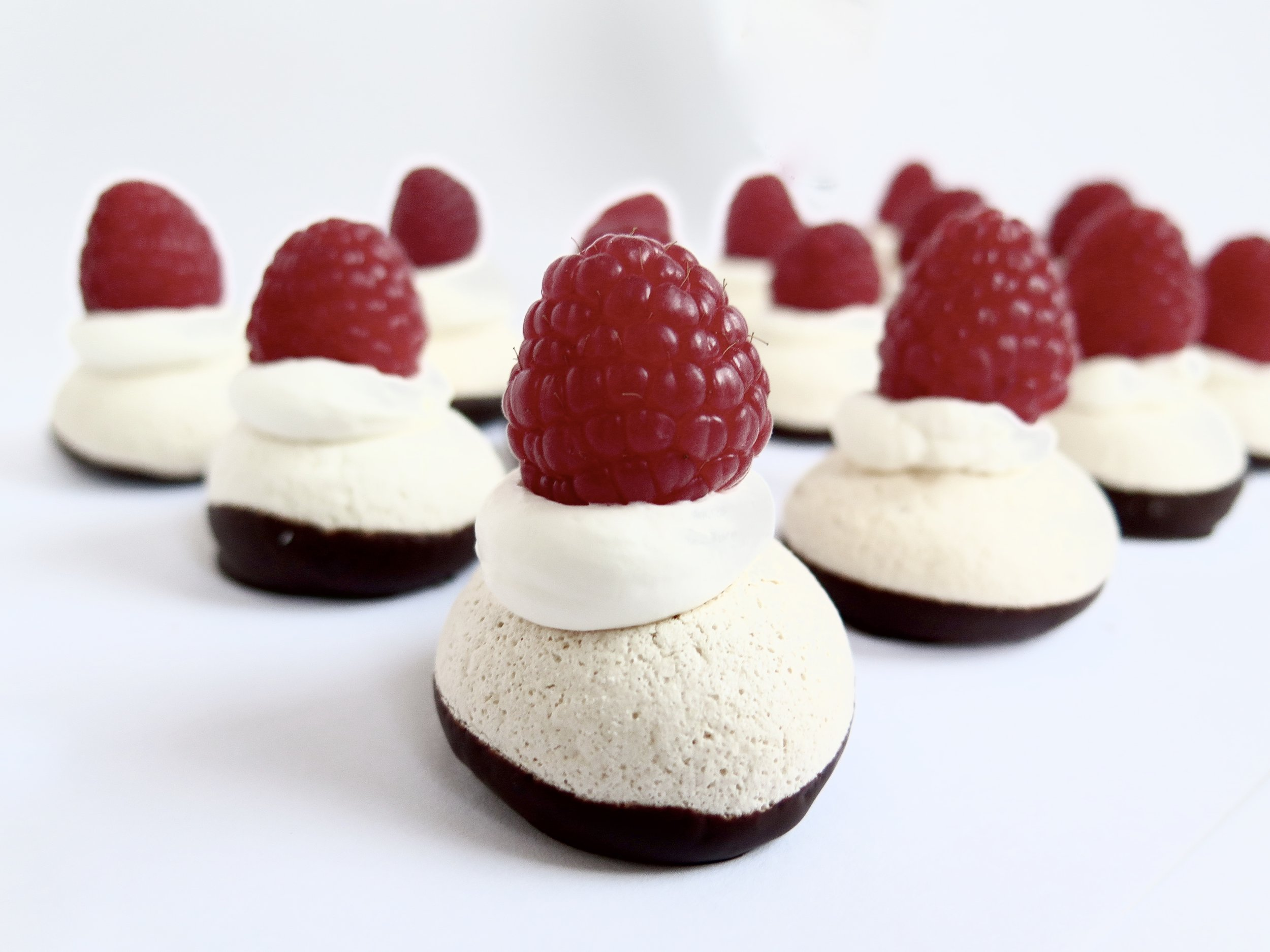 Mini Chocolate & Raspberry Meringues