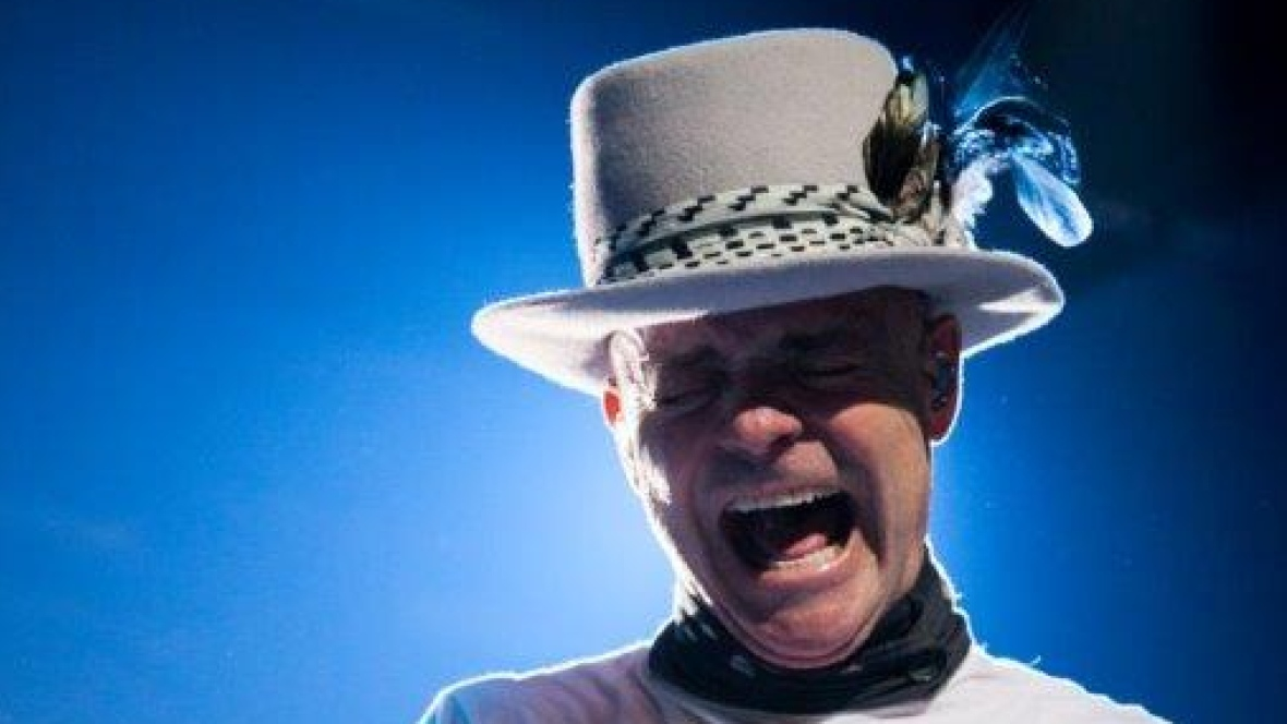 gord-downie-tragically-hip.jpg