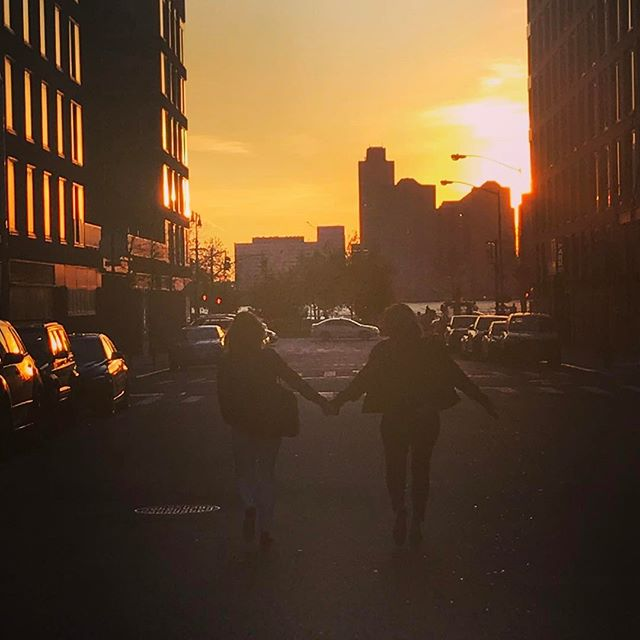 Here's to making memories, New York! We're here to make your dreams come true! . . . . . #lizbickleystudios #events #eventplanning  #colors #love #sunset #newyork #inspiration #partyplanning #eventplanners #nycevents #spring  #weddings #nycweddings #nycbride #brides #truelove #memories #forevermoments #loveisloveislove