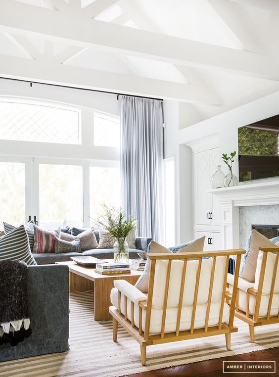 amber interiors nailing the california cool every time.