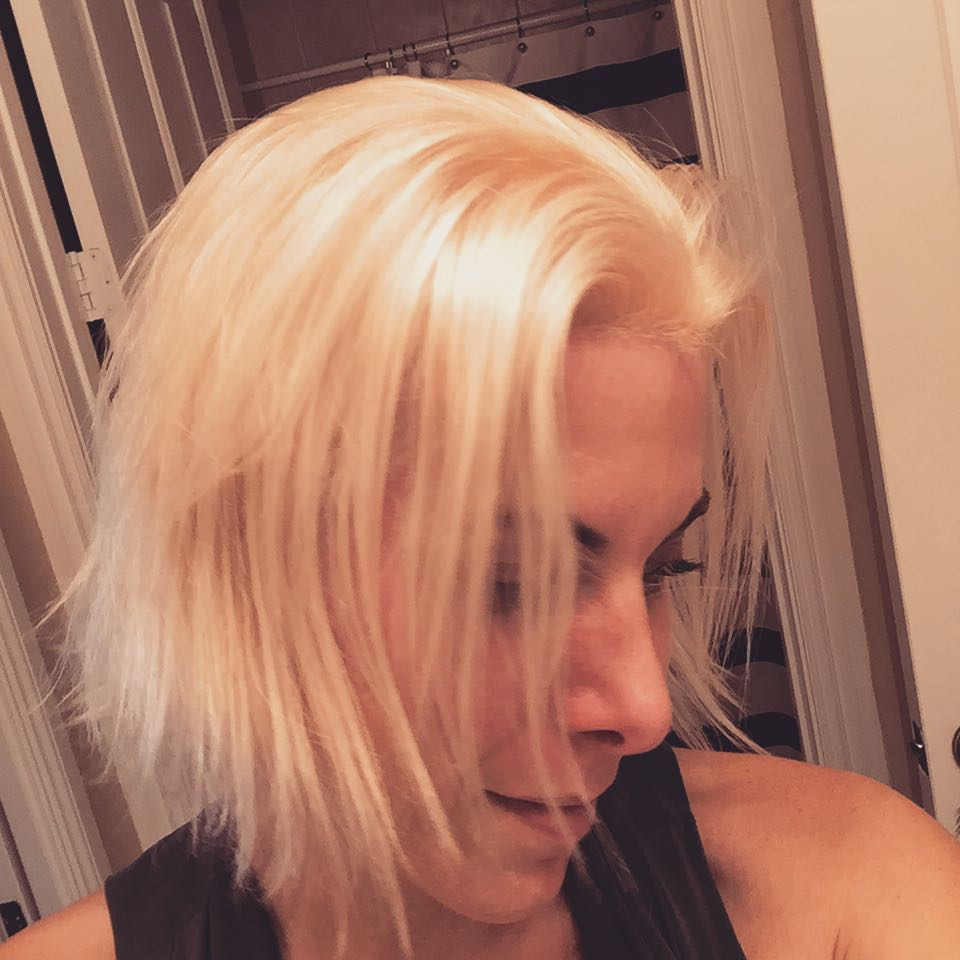 Who says #platinum has to be dry and damaged? Not when you get a @lorealpro #treatment and slick it back with @obliphica #oil! My hair is like #silk! Thank you @thatsalexhair! #hair #blonde
