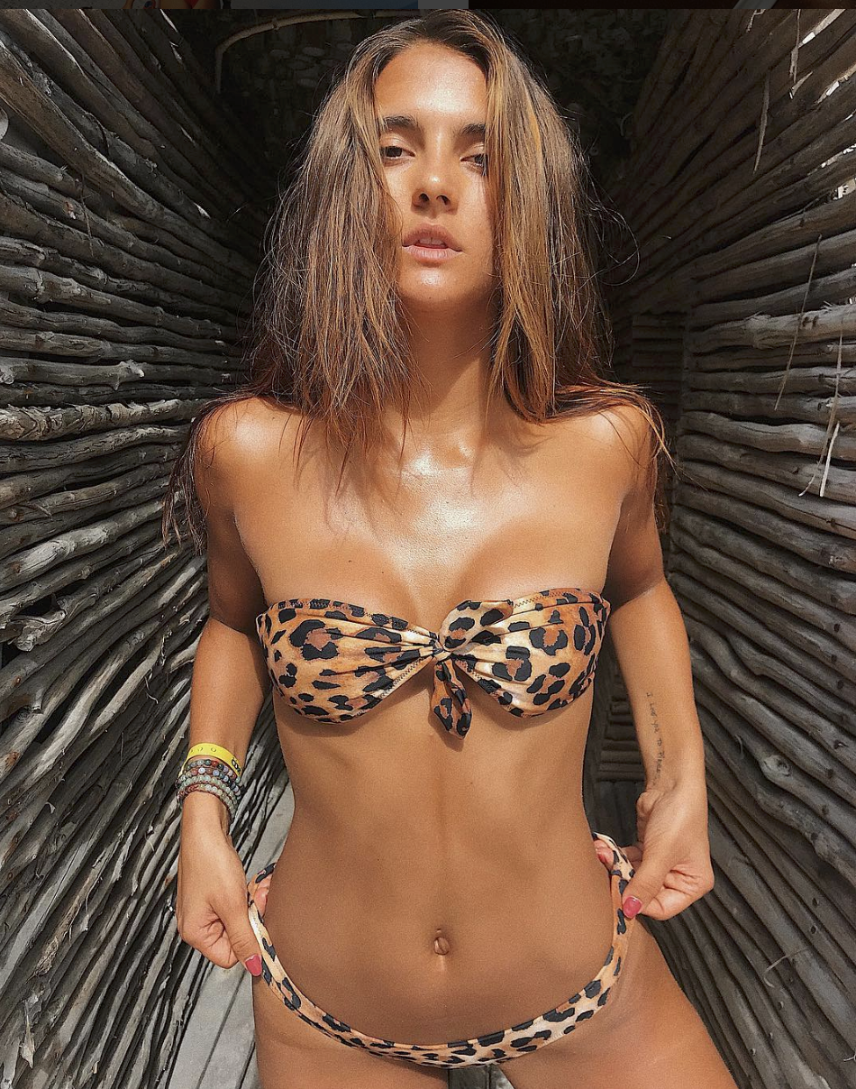 AMANDA RILEY FERREE - MODEL