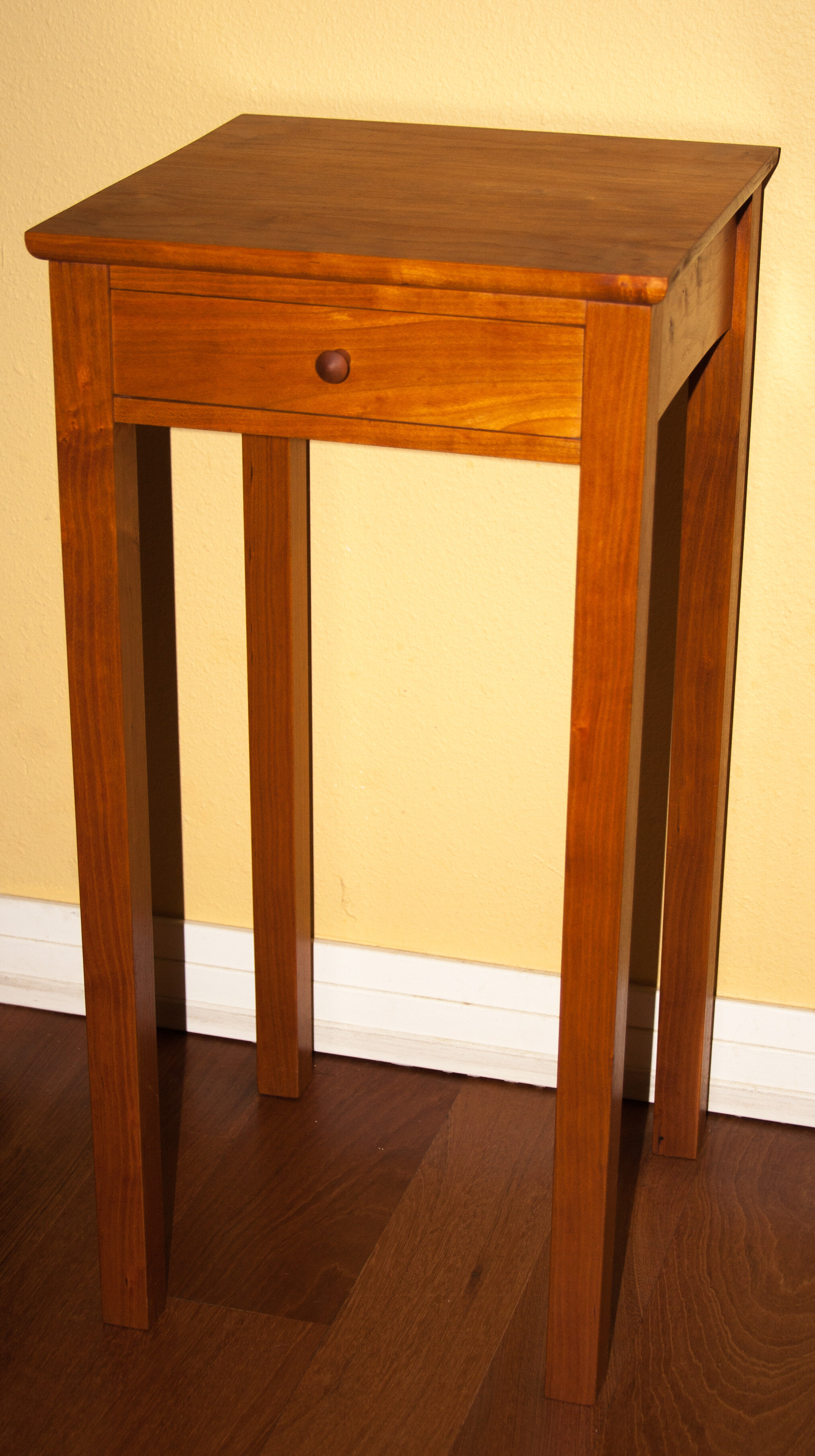 Cherry Side Table.jpg