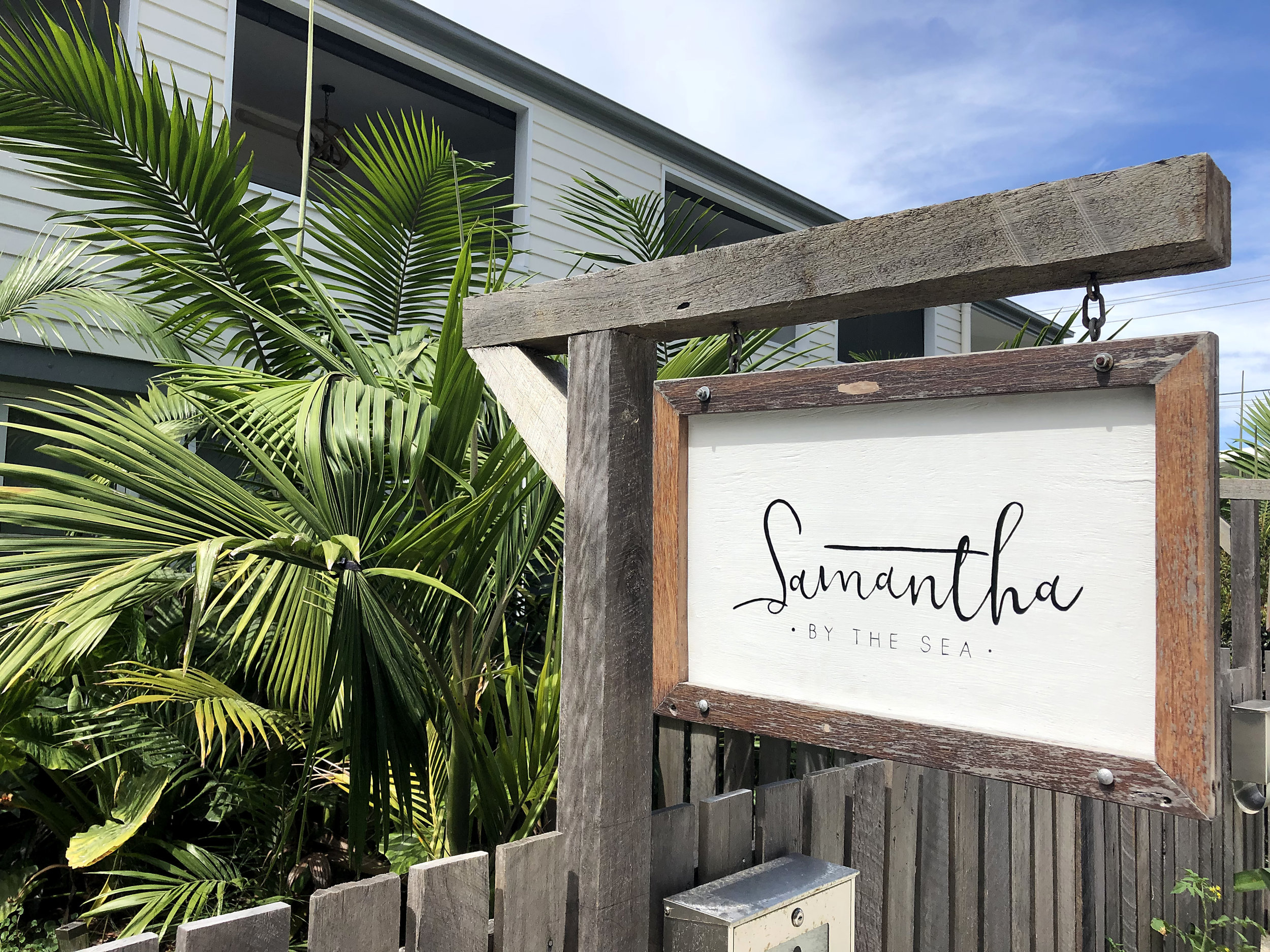 Samantha By The Sea, Run Byron Bay, Whisky & Hide, Harry Austin Bags - Local Business Signwriting