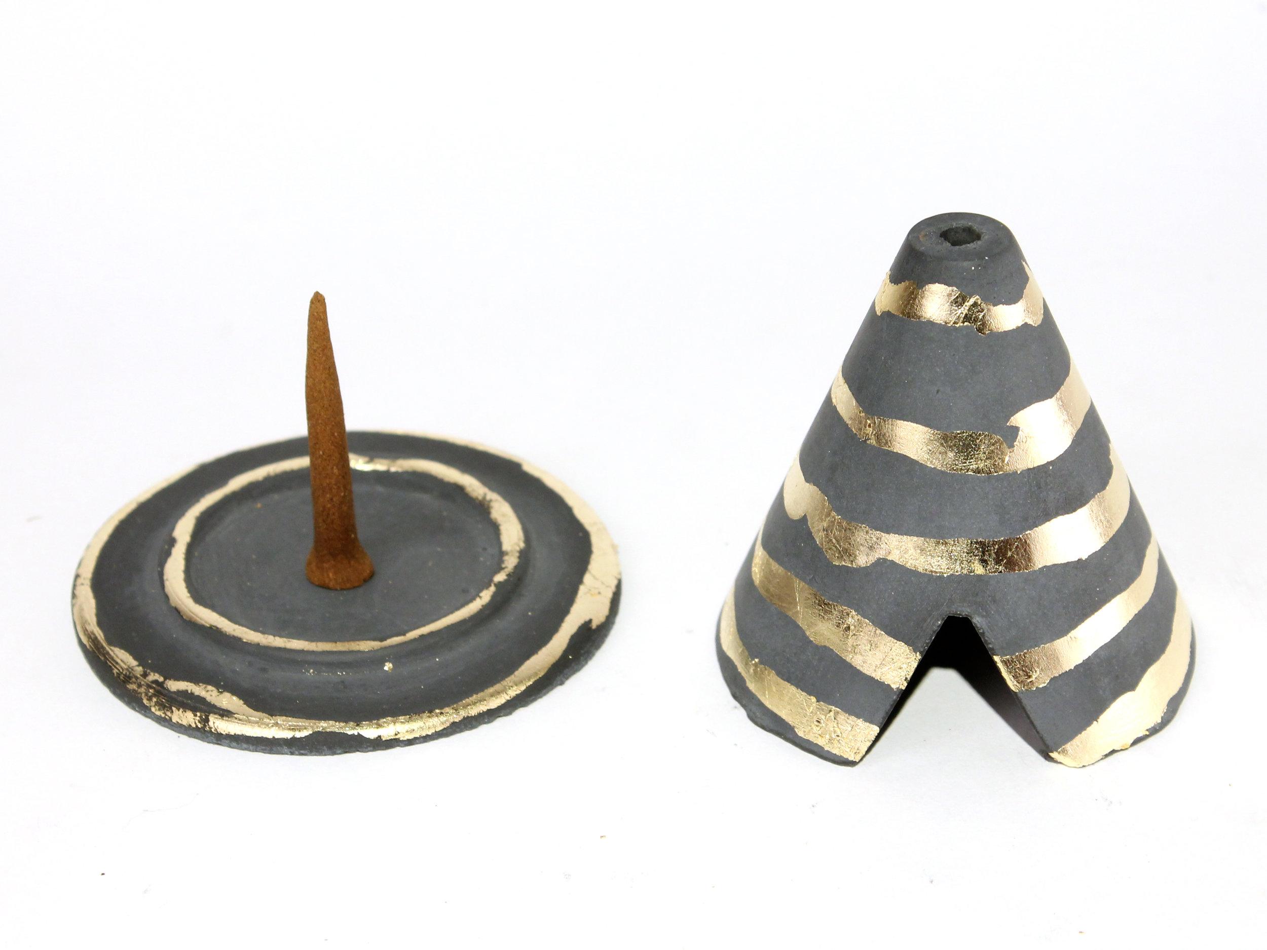 pylon-stripe4.JPG