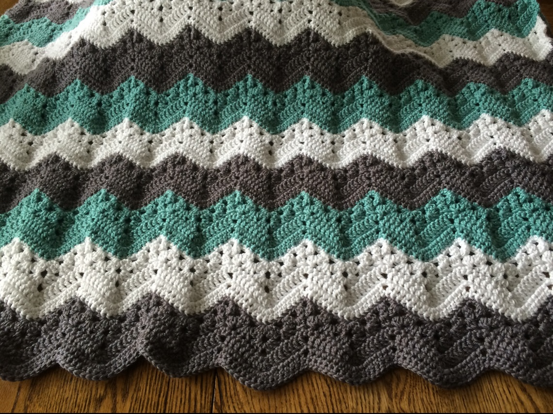Pattern by Betty Mcknit offered for free  here