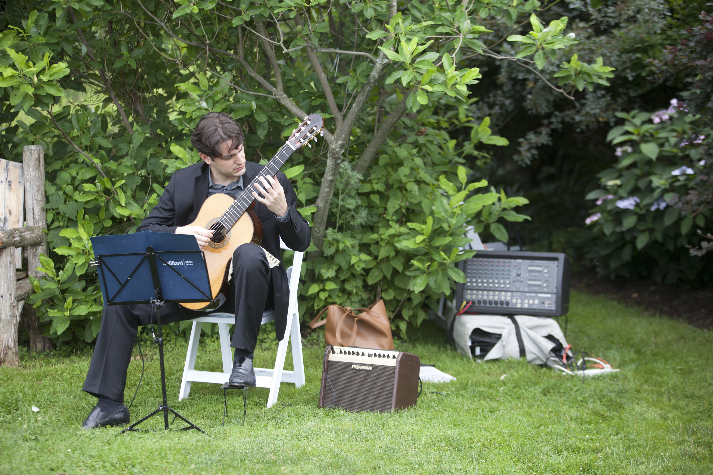 Classical guitarist for the ceremony