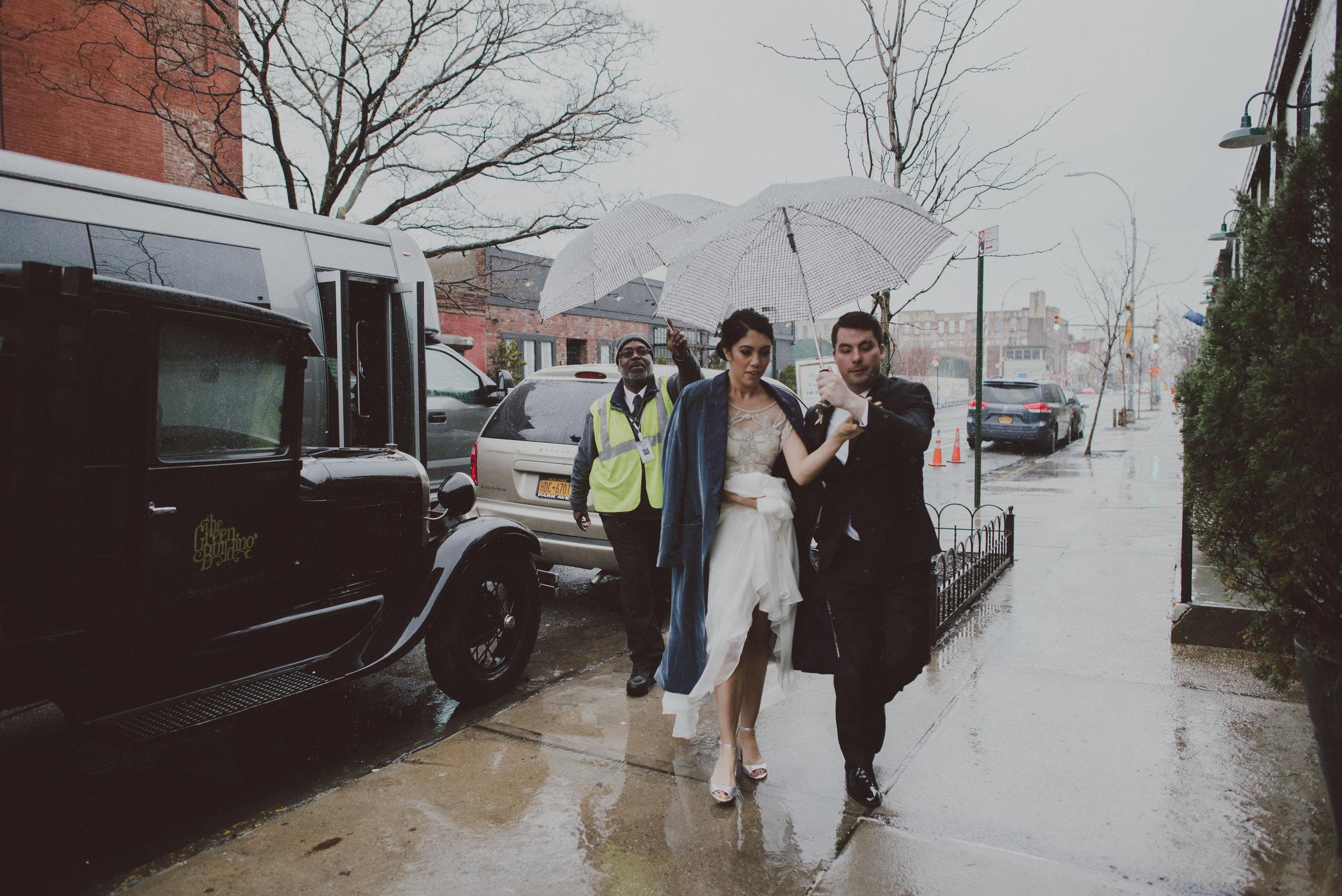 Brooklyn Wedding Arrivals