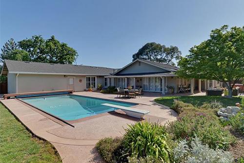 15505 Palos Verdes Dr, Monte Sereno  5 bed • 4 bath • 3,154 sqft