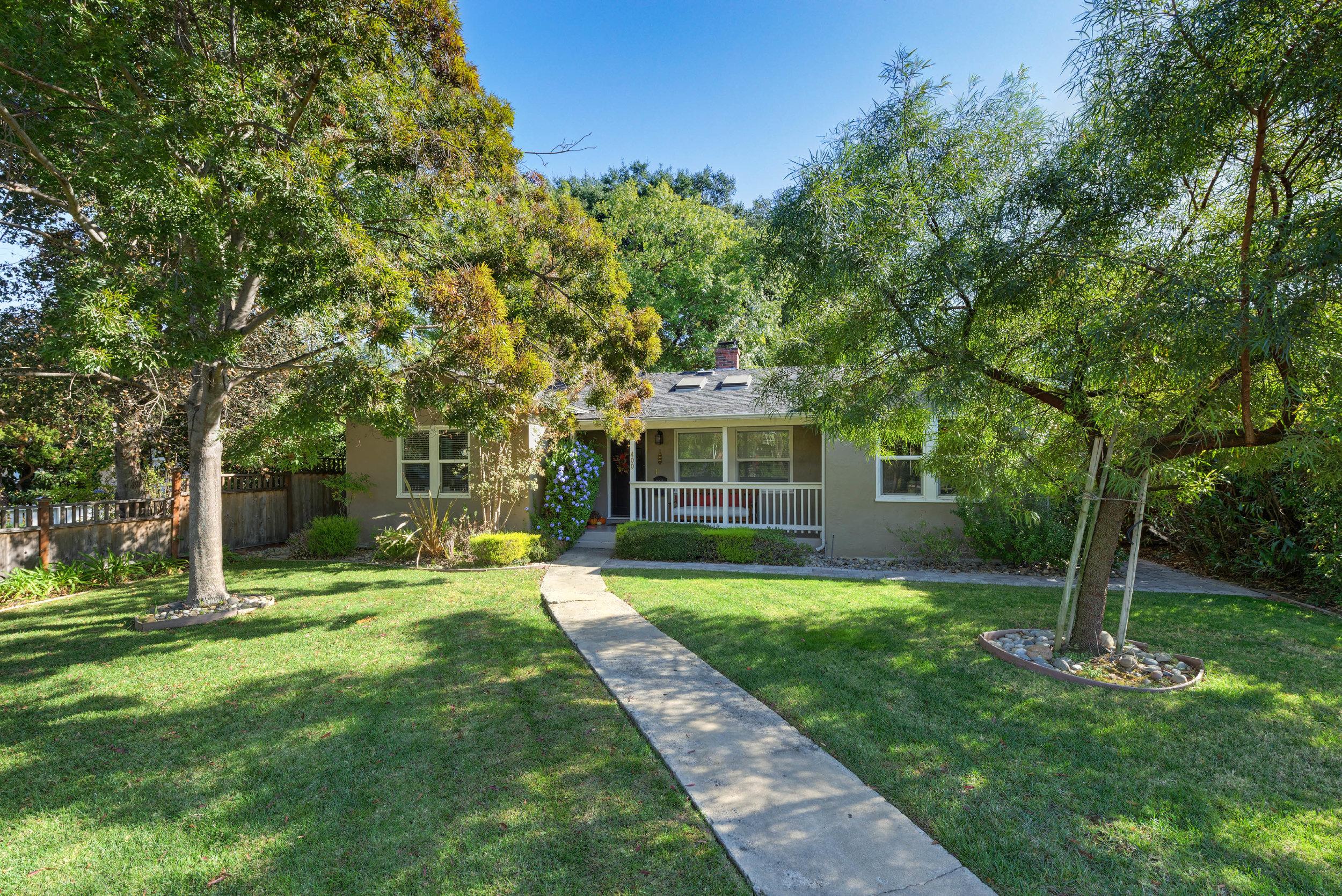 400 Los Gatos Blvd, Los Gatos  3 bedrooms • 2.5 bathrooms • 1,388 sqft