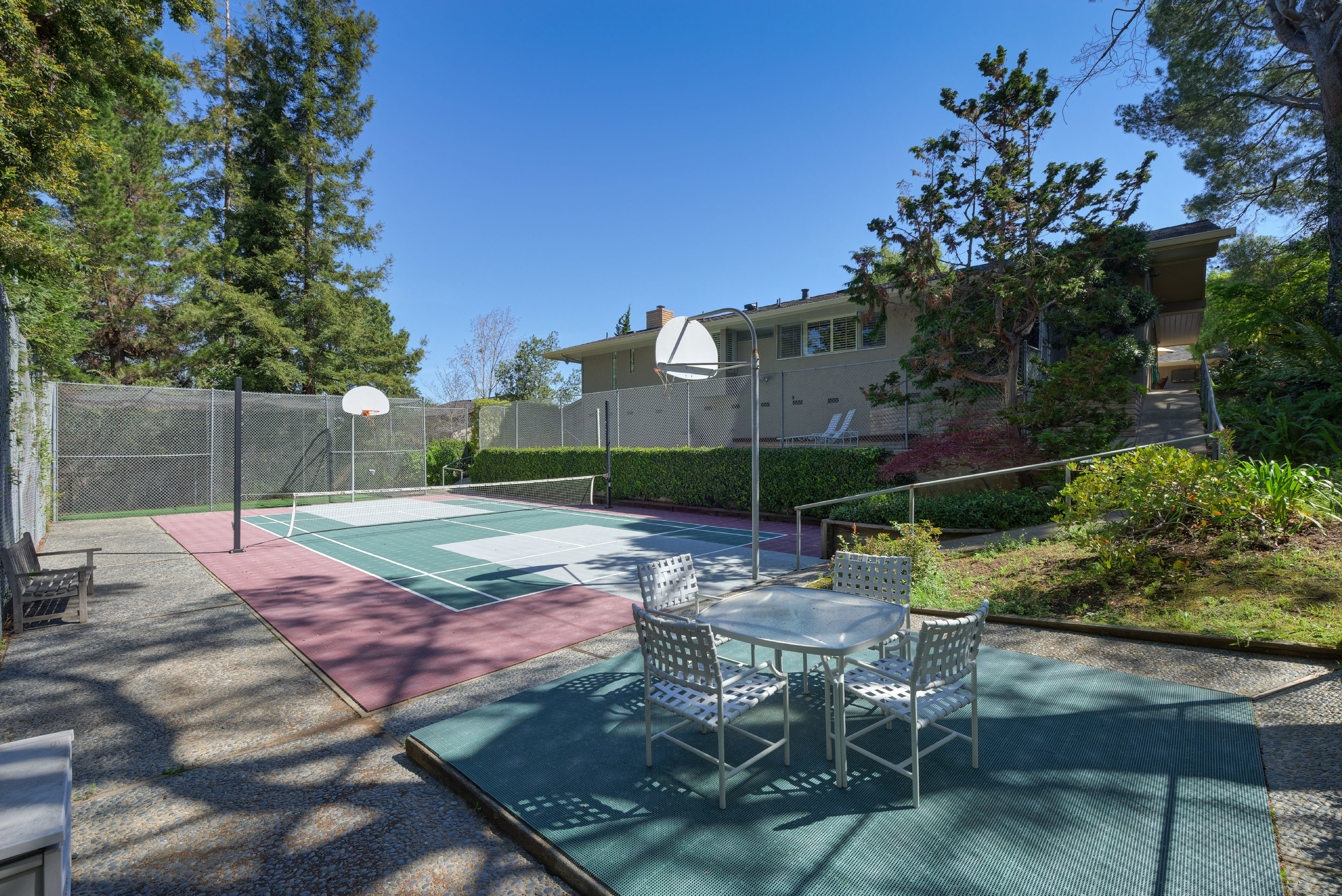 33_Back_Tennis court towards pool.jpg