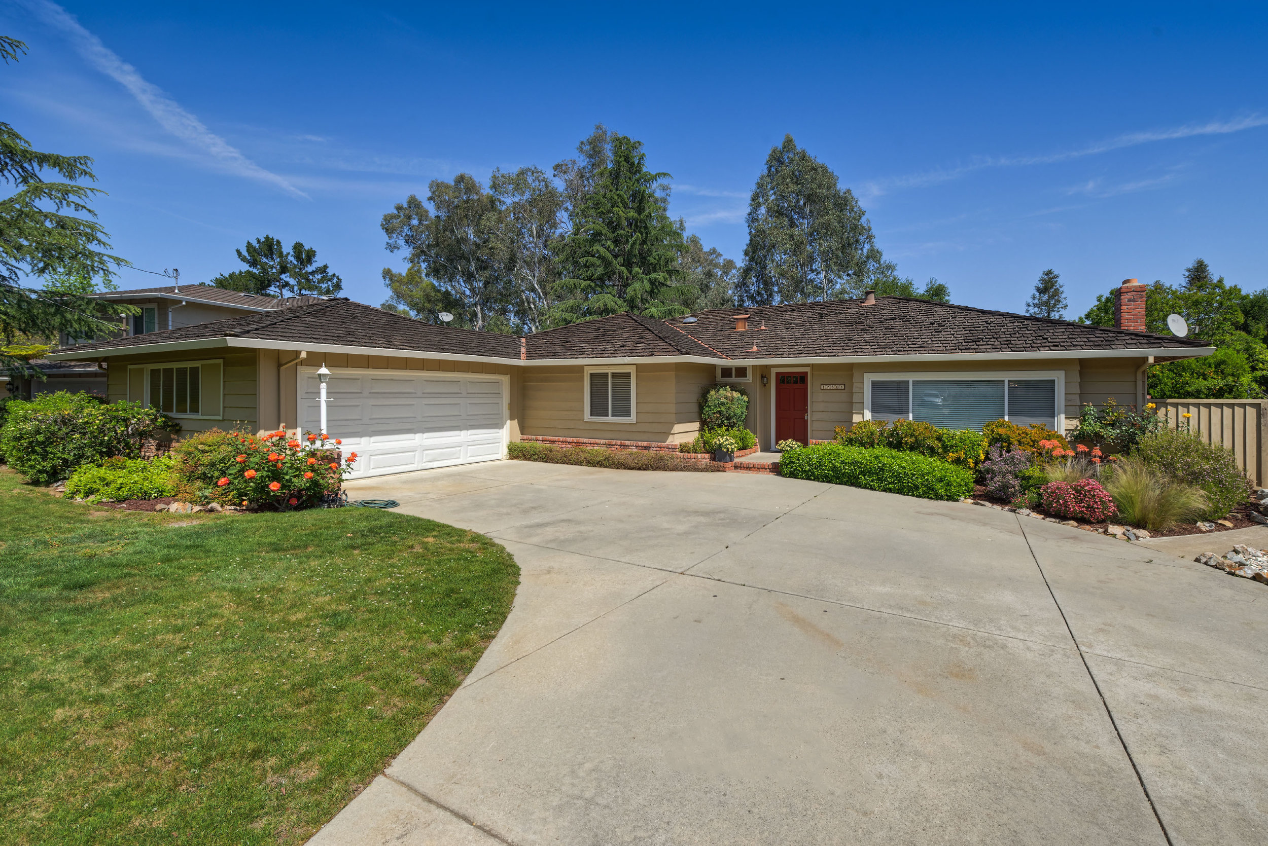 17301 Clearview Drive Los Gatos  3 bedrooms • 3 bathrooms • 2,046 sq ft interior