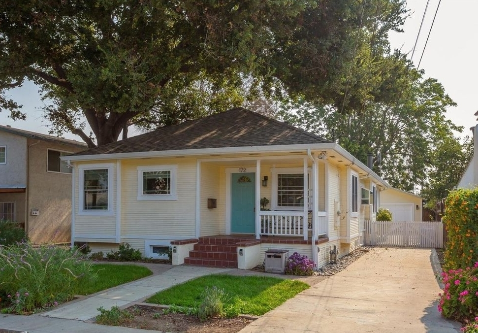 172 Boston Ave, San Jose  3 bedrooms • 2 bathrooms • 1,474 sq ft interior (represented buyer)