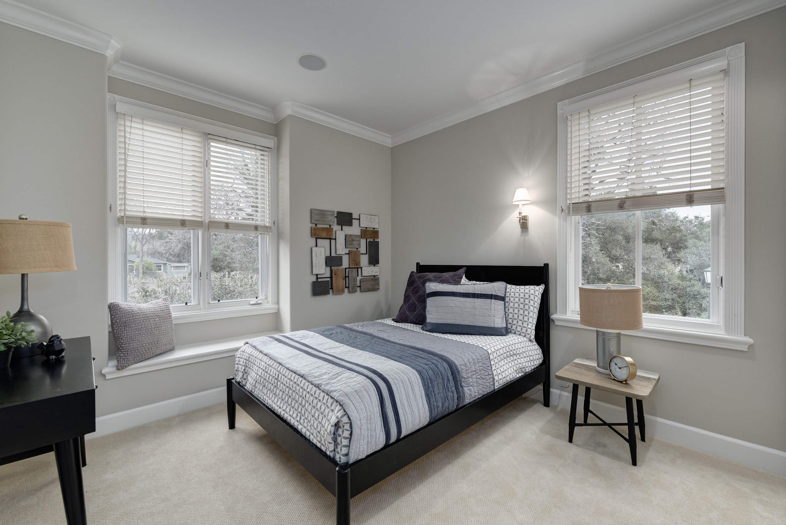 Bed2_100 Boyer Ln_Ducky Grabill Real Estate.jpg