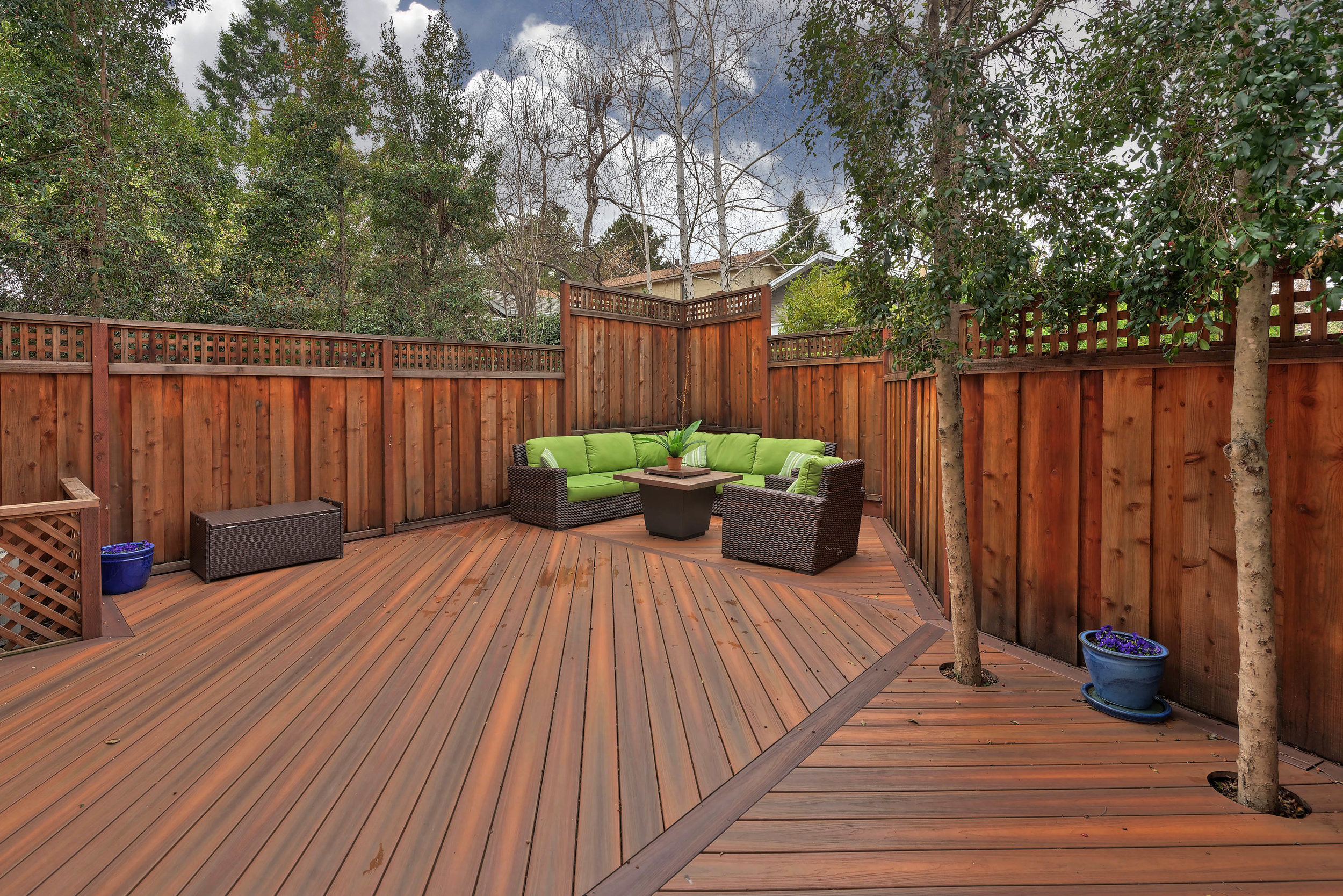 NBack3_100 Boyer Ln_Ducky Grabill Real Estate.jpg
