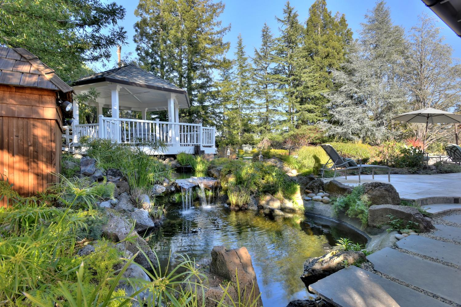 15977 Grandview Dr Monte-large-051-50-Pond and Gazebo-1500x1000-72dpi.jpg