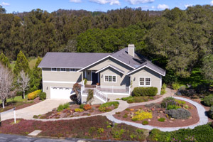 706 Carpenteria Road, Aromas  4 bedrooms • 2.5 bathrooms • 2,457 sq ft interior
