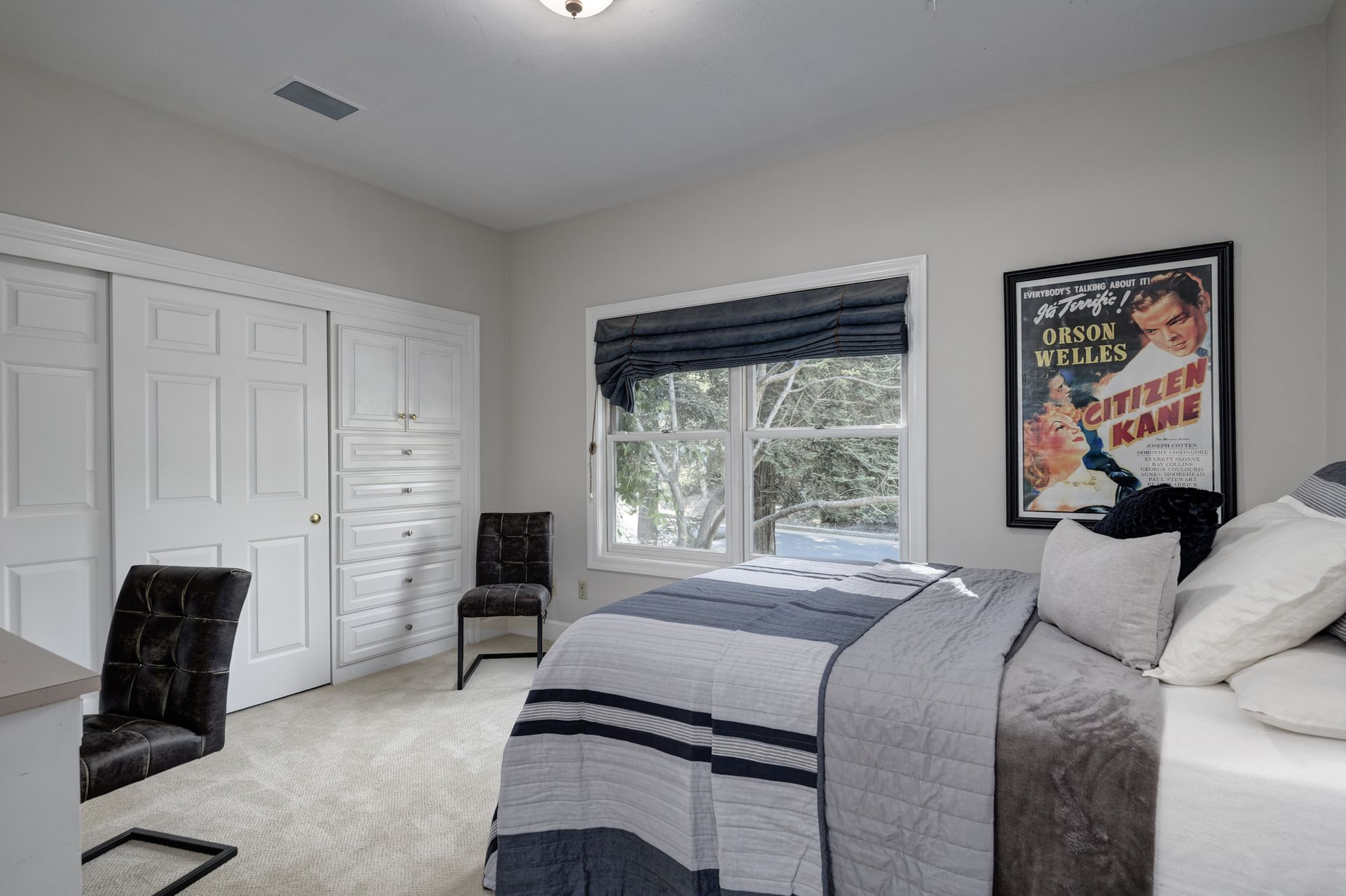 26_Bedroom.jpg