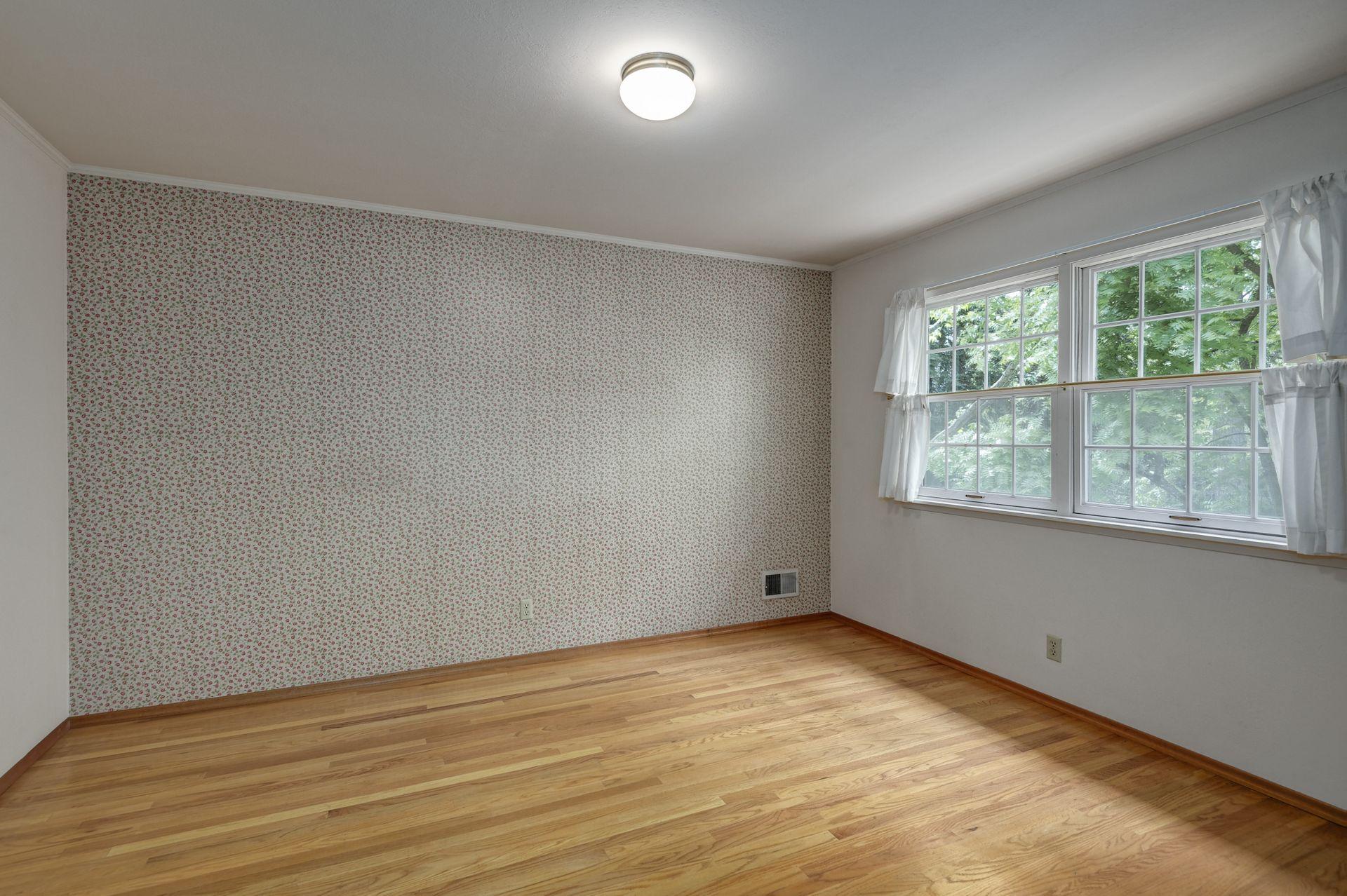 16_Bedroom.jpg