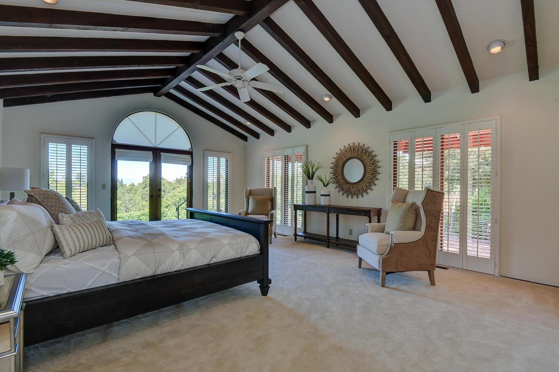 18790 Blythswood Dr Los Gatos-large-020-103-Master Bedroom-1500x1000-72dpi.jpg