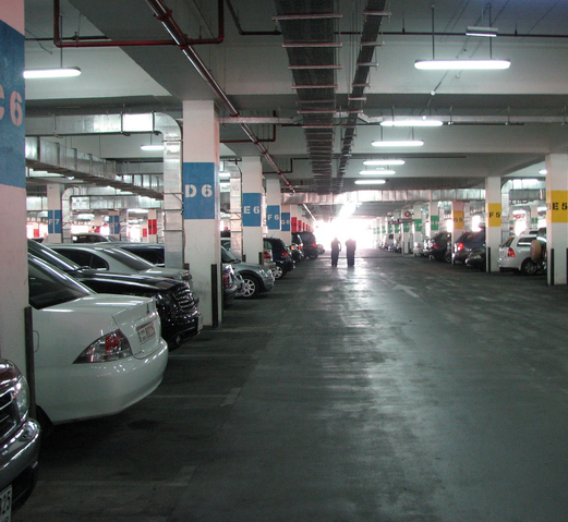 car-park-ibn-battuta-mall.jpg