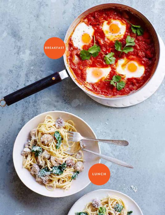shakshuka-tomato-eggs-breakfast-tiny-budget-cooking.jpg